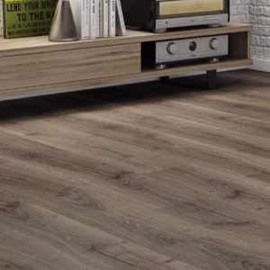 Finfloor Columbia Oak Laminate Room Image