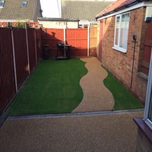Lucian Artificial grass garden 600x600